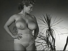 Virginia Bell Show us Her Ripping
