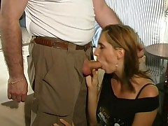 Leader Italian Rossela Conti Enjoys Good Fuck With Older