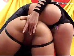 Black Haired Girl On Leeds In Leather Lingerie Getting Her..