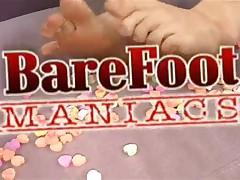 Katerina Kat - Bare Foot Maniacs - Blonde Foot Freak Licks Cum Of Toes