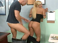 Shyla cheats Carmella with a student!