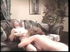 Retro Lesbians pussy love