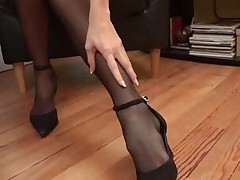 Gaffer Milf Puts Superior to before Pantyhose