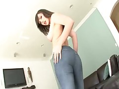 Jennifer White's Big Ass In Tight Jeans