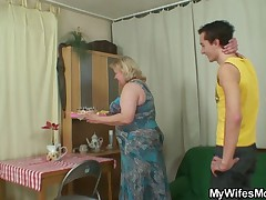 Horny granny seduces the brush son nigh law while his wife yowl home